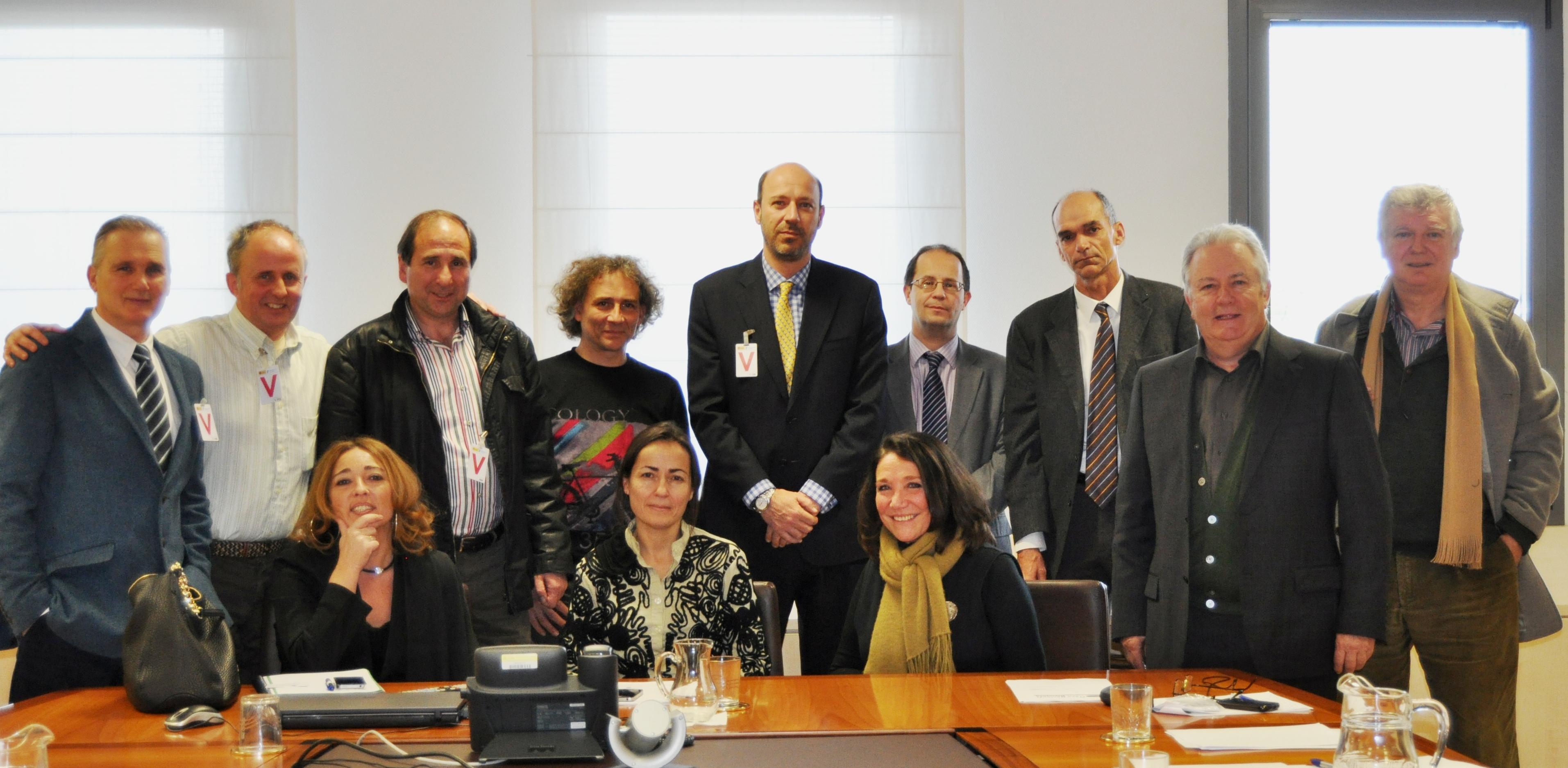La Mesa Nacional de la Bicicleta se reúne con  la Directora General de Tráfico.